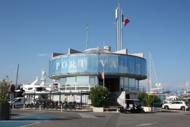 Capitainerie de Port Vauban à Antibes