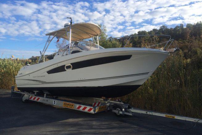 Remorque hydraulique pour bateau Trigano Portuaire par Mecanorem