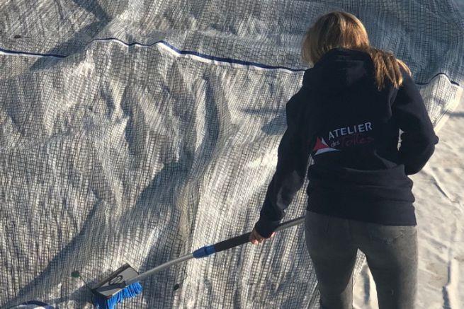 Atelier des Toiles reprend l'activité de lavage de voiles de bateaux de Boat Services