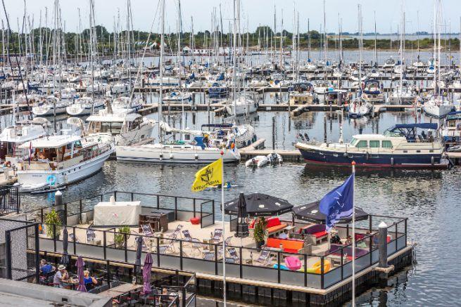 La marina de Jachthaven Bruinisse intègre le réseau Port Adhoc avec le groupe Thuishaven