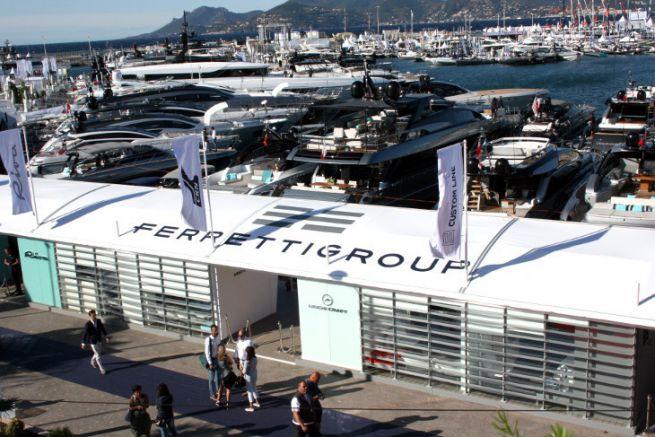 Ferretti au Cannes Yachting Festival