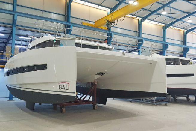 Catamarans Bali en production dans la filiale tunisienne Haco du groupe Catana