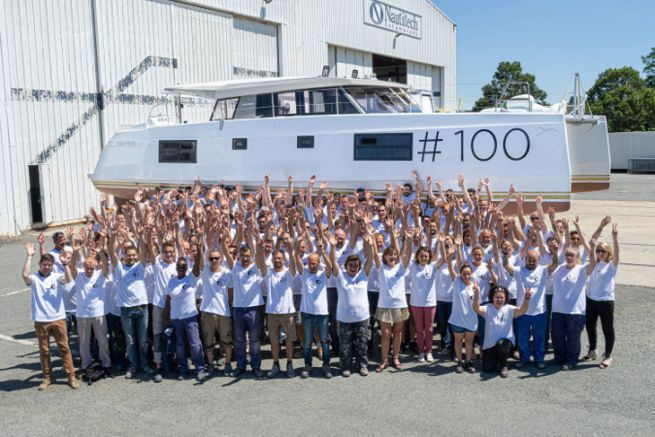 L'équipe de production de Nautitech Catamarans