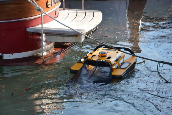Robot dépollueur Jellyfishbot de IADYS