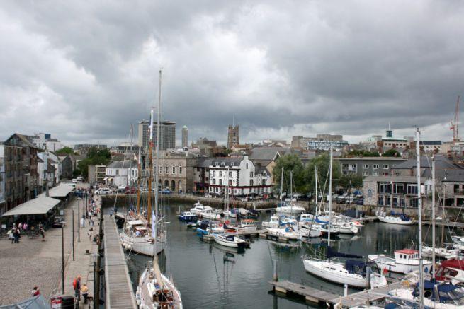 Le port de Plymouth au Royaume-Uni