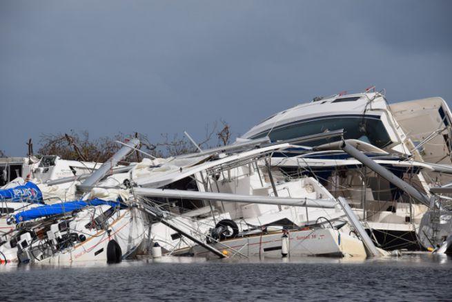 Bateaux sinistrés après le passage du cyclone Irma