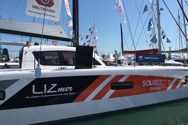 Les sociétés de leasing sont des acteurs majeurs du nautisme, comme Lizmer sponsor d'un catamaran sur la Route du Rhum