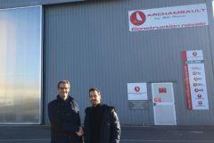 Jean-Charles Thomas, repreneur du chantier Archambault by BG Race, avec Louis Burton, l'ancien propriétaire.