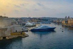 Yachts dans le port de La Valette à Malte