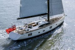 Oyster 745 de chez Oyster Yachts