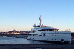 Yacht en maintenance à Marseille chez Monaco Marine