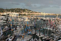 Nuages sur le Cannes Yachting Festival 2018