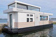 Sealoft, logement flottant en exploitation à Lorient Kernevel