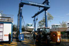 Manutention au port de plaisance de Lorient