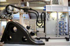Production de foil avec un robot chez Avel Robotics