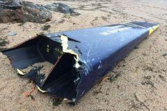 L'étrave arrachée de Gitana 17 retrouvée sur une plage