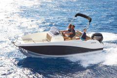 Quicksilver s'attaque à la location de bateaux en France