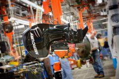 Production de moteur hors-bord dans l'usine Mercury Marine de Fond du Lac