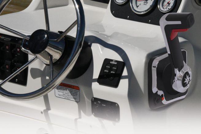 Système de commande moteur SeaStar Solutions