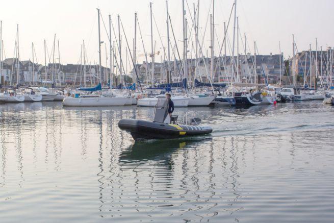 Naviwatt Zen Pro 580, un bateau électrique pour les ports de plaisance