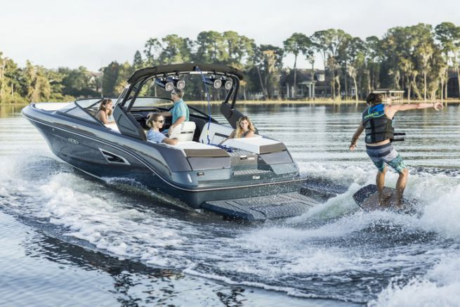 Sea Ray SLX 230 W