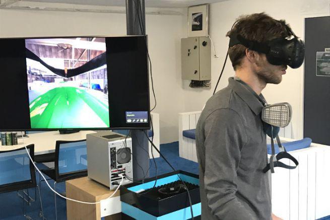 Test d'industrialisation en réalité virtuelle chez Sealver pour le nouveau Wave Boat 444
