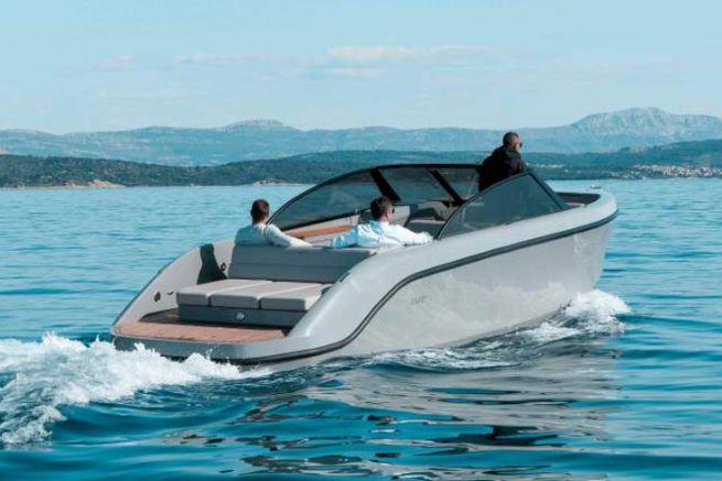 Rand Boats est désormais distribué en Méditerranée par Port d'Hiver Yachting