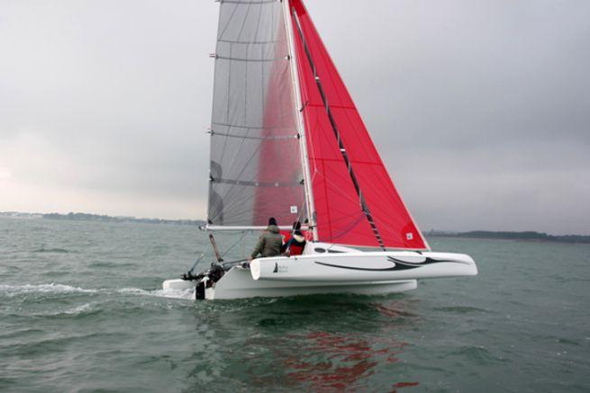 Astus Boats poursuit à l'international